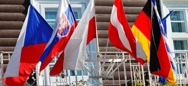 flag-czech-germany-slovakie-austria-poland-zdroj-publicdomainpictures