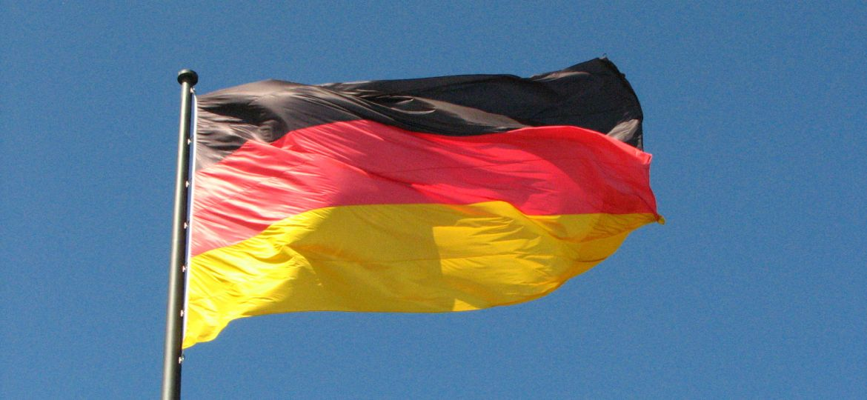 germany-flag-zdroj-fdecomite