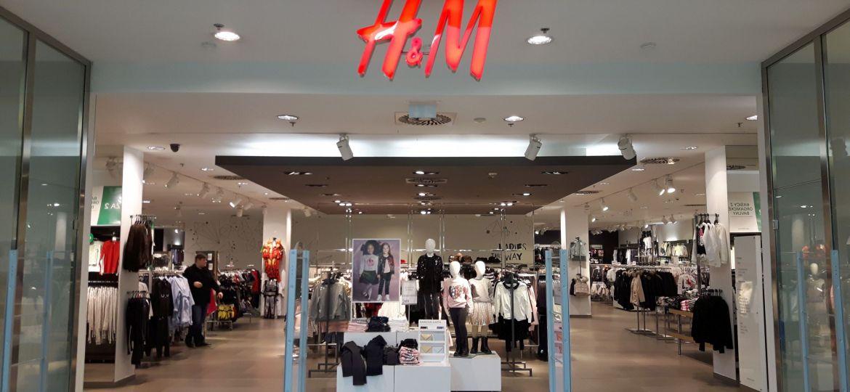 hennes-mauritz-ham-hm-shop-clothes-retail-zdroj-w4t