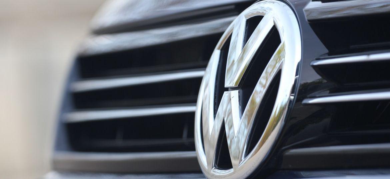 2011-Volkswagen-Jetta-TDI_008