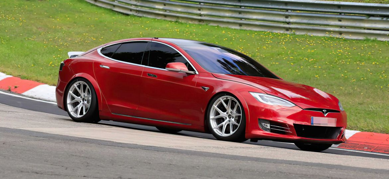 Tesla-S-Plaid-