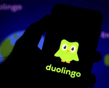 In this photo illustration the Duolingo logo seen displayed on a smartphone. (Photo by Rafael Henrique / SOPA Images/Sipa USA)(Sipa via AP Images)